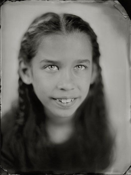 'Lola' 18x24 cm Tintype portret gemaakt met het wetplate collodium procedé