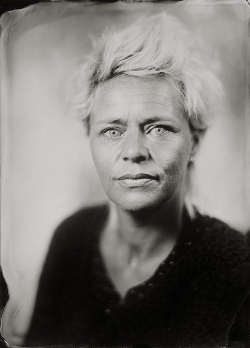 'Nancy' 13x18 cm Tintype portret gemaakt met het wetplate collodium procedé