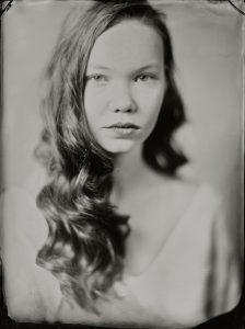 'Yente' 18x24 cm Tintype portret gemaakt met het wetplate collodium procedé