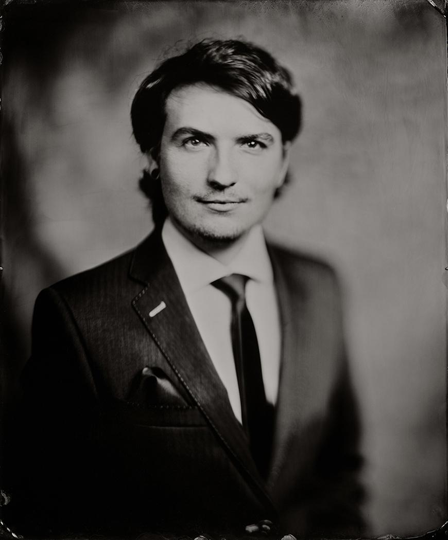 'Nicolas' Scan van 35x43 cm Tintype portret